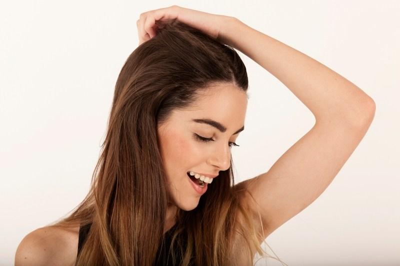 ricninovy olej na vlasy