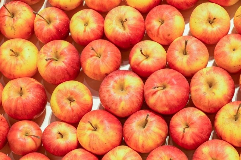 čo jesť pred tréningom jablká